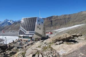 Monte Rosahütte mit Heli