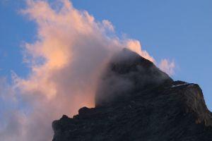 der Gipfel brennt